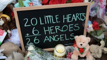 Newtown--Sandy-Hook-memorial-2-jpg